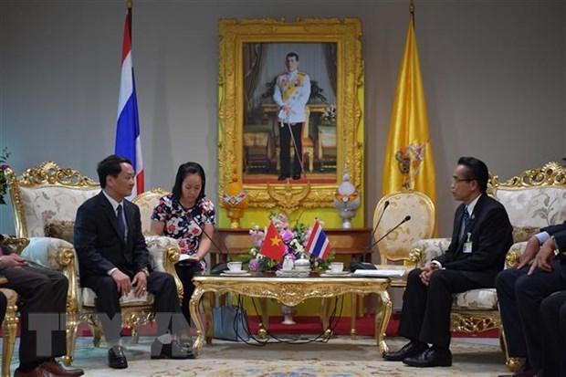 Doan dai bieu Mat tran To quoc Viet Nam tham va lam viec tai Thai Lan hinh anh 1