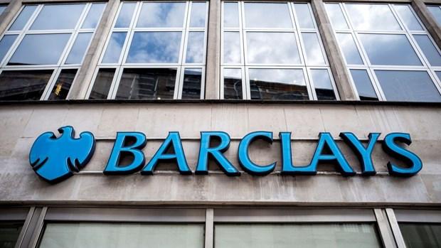 Barclays chi 6,3 trieu USD dan xep cao buoc ve tuyen dung cua My hinh anh 1