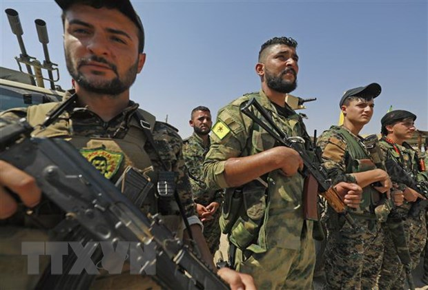 Tho Nhi Ky cao buoc YPG chua hoan toan rut khoi bien gioi Syria hinh anh 1