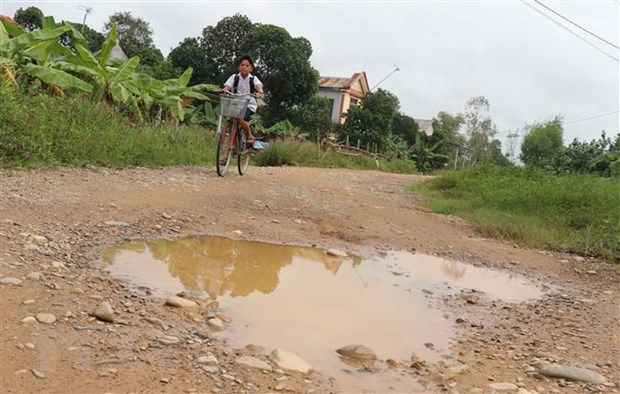 Quang Tri: Sau 10 nam van loay hoay tim giai phap cho duong cuu ho hinh anh 1