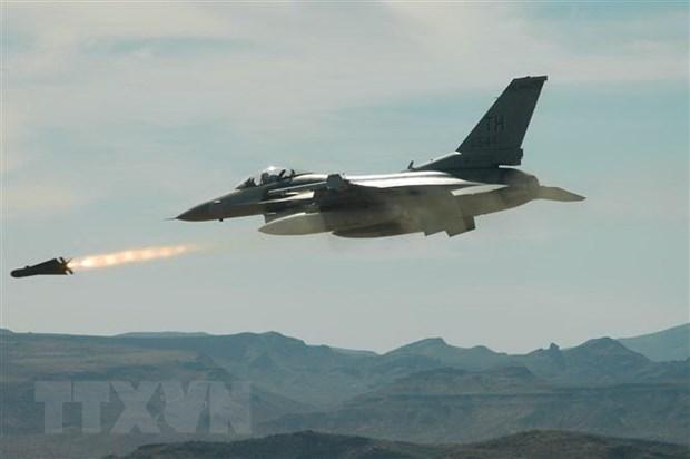 Tho Nhi Ky dung may bay F-16 de kiem tra he thong phong khong S-400 hinh anh 1