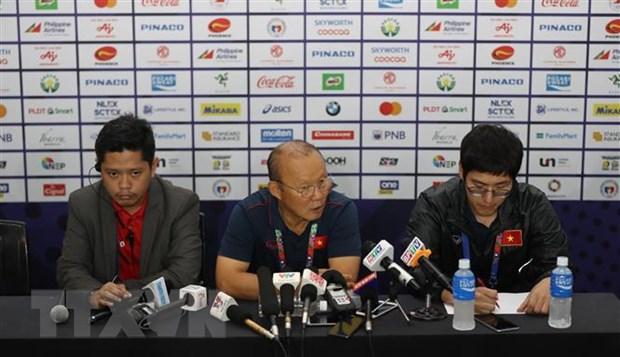 HLV Park Hang-seo ly giai ve viec chon Van Toan thay Tien Dung hinh anh 1
