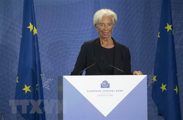 Chu tich Lagarde: ECB se danh gia lai chien luoc hoat dong hinh anh 1