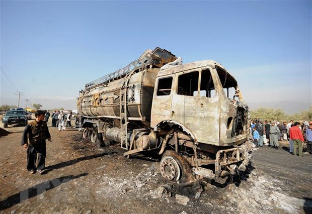 Afghanistan: Doan xe cho binh linh My bi trung min cua Taliban hinh anh 1