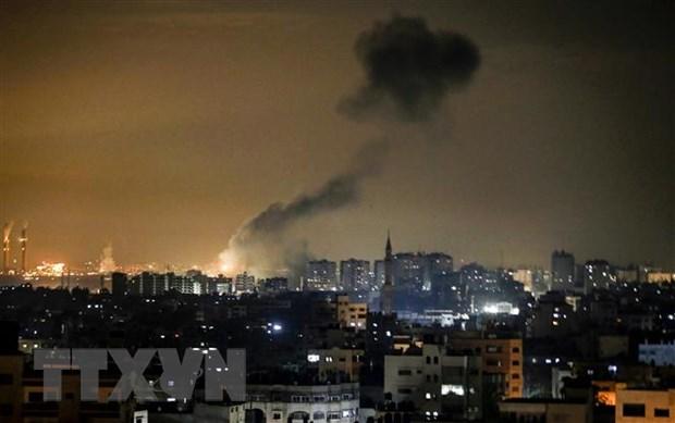 Israel khong kich cac muc tieu cua phong trao Hamas tai Dai Gaza hinh anh 1