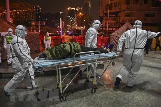Trung Quoc: Gan 2.700 truong hop nghi mac viem phoi do virus corona hinh anh 1