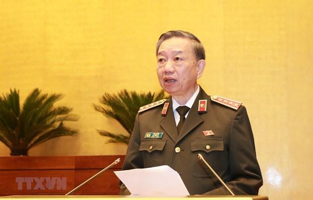 Nhung hoat dong cua Bo truong Bo Cong an To Lam tai Lao hinh anh 1
