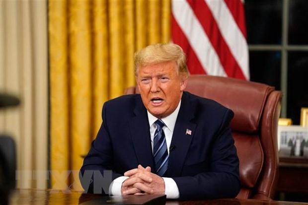 Tong thong My Donald Trump ban bo tinh trang khan cap quoc gia hinh anh 1