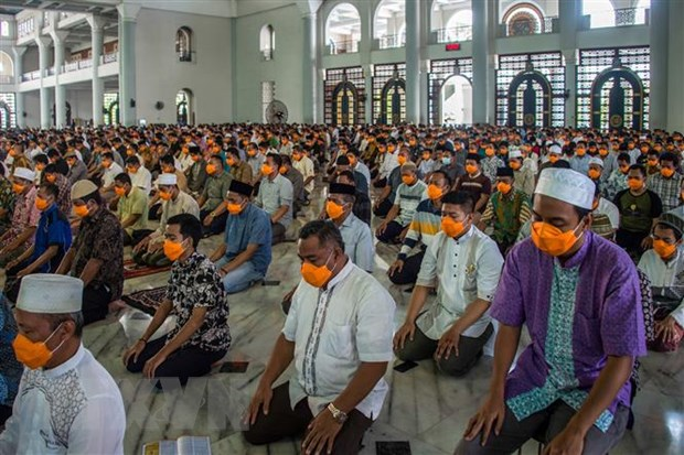 Indonesia cach ly hon 8.200 nguoi tham gia mot su kien ton giao hinh anh 1