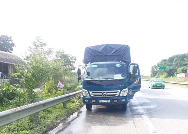 Hiem hoa tai nan va lay lan COVID-19 tren cao toc Noi Bai-Lao Cai hinh anh 1