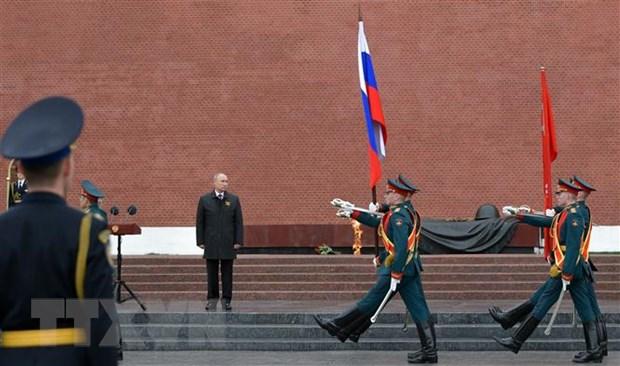 Tong thong Nga Putin khang dinh tiep tuc xay dung quan doi hung manh hinh anh 1