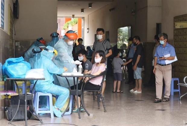 Tang toc xet nghiem COVID-19 cho nguoi dan Thanh pho Ho Chi Minh hinh anh 1