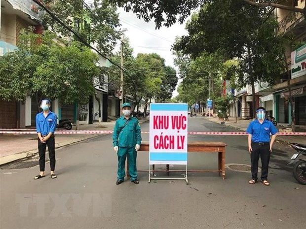 Dich COVID-19: Thanh pho Buon Ma Thuot ket thuc cach ly xa hoi hinh anh 1