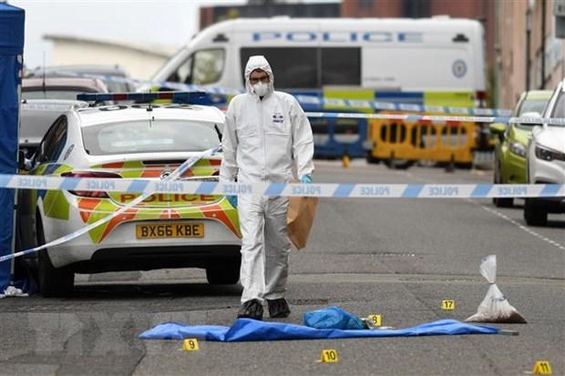 Anh: Canh sat bat giu nghi can trong vu dam dao o Birmingham hinh anh 1