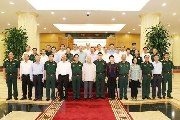 Tap the Bo Chinh tri lam viec voi Thuong vu Quan uy Trung uong hinh anh 1