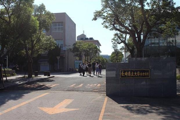 Nagasaki tang cuong canh tranh de thu hut du hoc sinh Viet Nam hinh anh 2