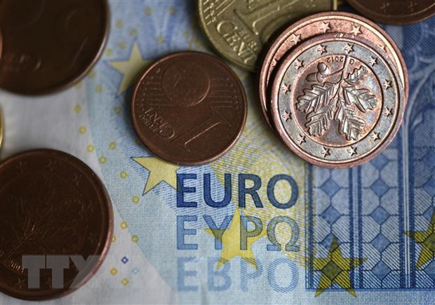 Eurozone: Ty le that nghiep van tang, lam phat chim sau vao vung am hinh anh 1