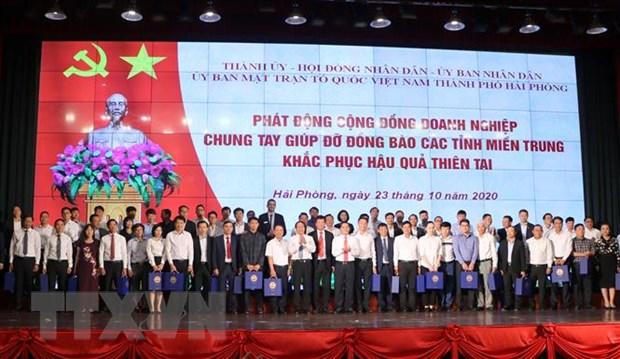 Doanh nghiep Hai Phong dong gop 90 ty dong ung ho dong bao mien Trung hinh anh 1