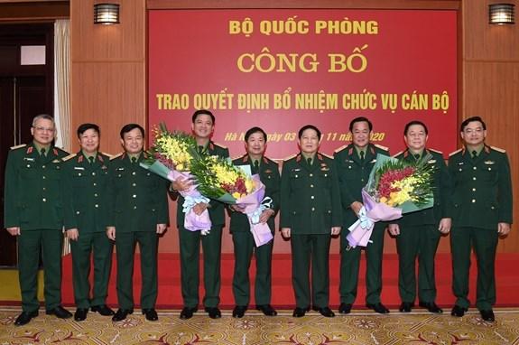 Bo Quoc phong trao quyet dinh bo nhiem 2 Thu truong va lanh dao QK7 hinh anh 1