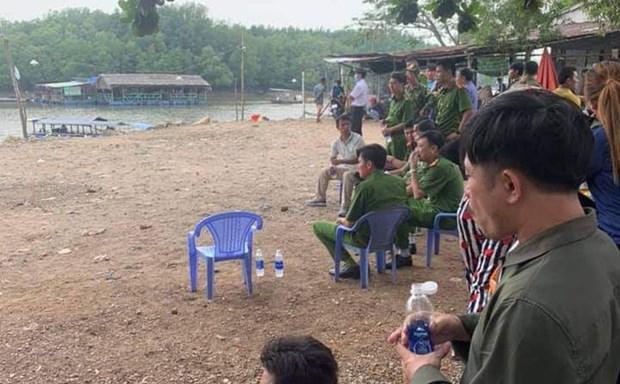 Dong Nai: Tam giu nghi pham dam chet nguoi, tha thi the troi song hinh anh 1