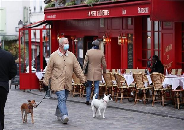 Dong USD yeu day Paris va Zurich vao nhom cac thanh pho dat do nhat hinh anh 1