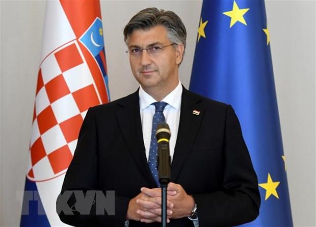 Thu tuong Croatia Andrej Plenkovic duong tinh voi virus SARS-CoV-2 hinh anh 1
