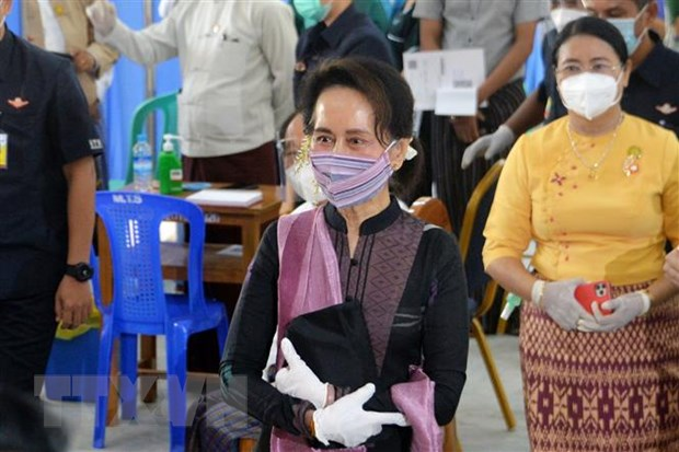 Myanmar: Ba Aung San Suu Kyi bi tam giam den giua thang 2 hinh anh 1