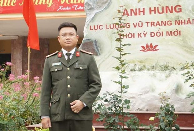 Thang Thanh nien 2021: Dai uy cong an choi game 1 tuan de bat trom hinh anh 1