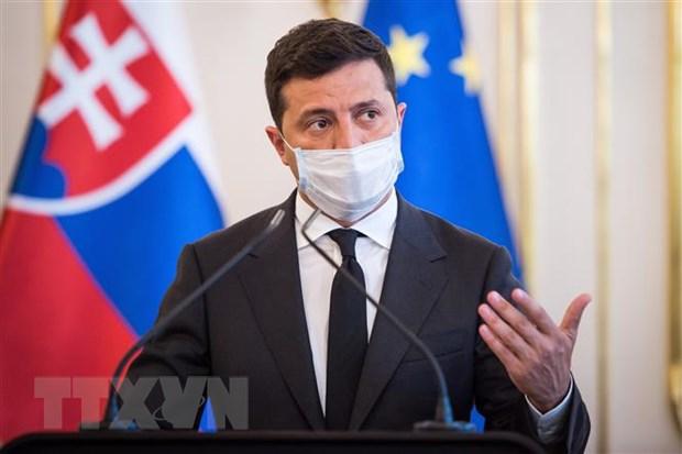 Tong thong Ukraine ky sac lenh trung phat cac quan chuc Nga, Phap hinh anh 1