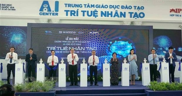 Ra mắt Chương trình đào tạo trí tuệ nhân tạo và công nghệ Robot | Giáo dục  | Vietnam+ (VietnamPlus)