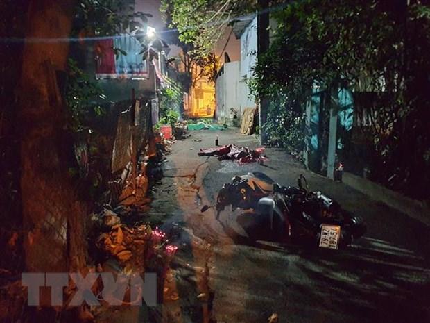 Binh Duong: Tai nan nghiem trong trong dem khien 3 nguoi thuong vong hinh anh 1