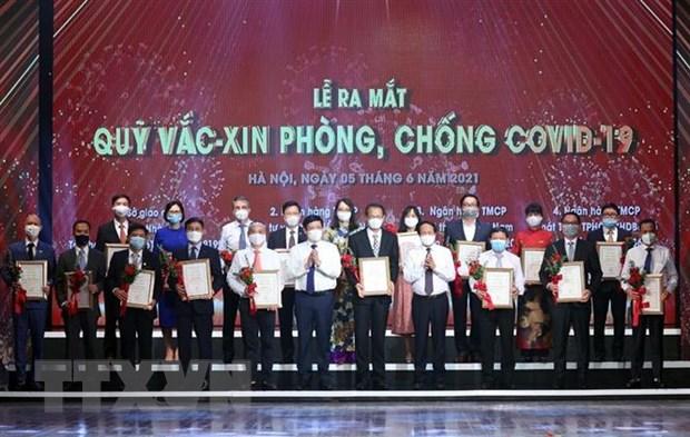 Quy vaccine phong COVID-19: Khi nguoi dan dong long cung Chinh phu hinh anh 1