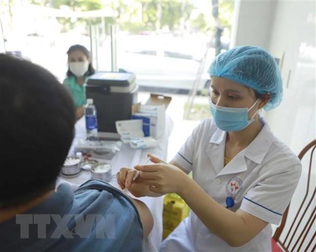 Bo Y te yeu cau day nhanh toc do tiem chung vaccine phong COVID-19 hinh anh 1