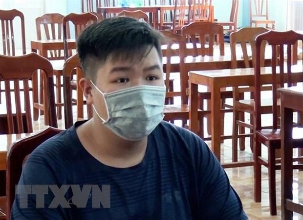 Xu phat nhieu doi tuong dang tin sai su that ve COVID-19 tren Facebook hinh anh 2