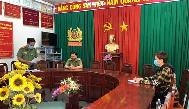 Xu phat nhieu doi tuong dang tin sai su that ve COVID-19 tren Facebook hinh anh 1