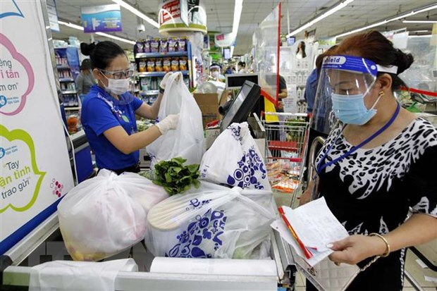Nguoi dan Thanh pho Ho Chi Minh tan dung thoi gian mua thuc pham hinh anh 1