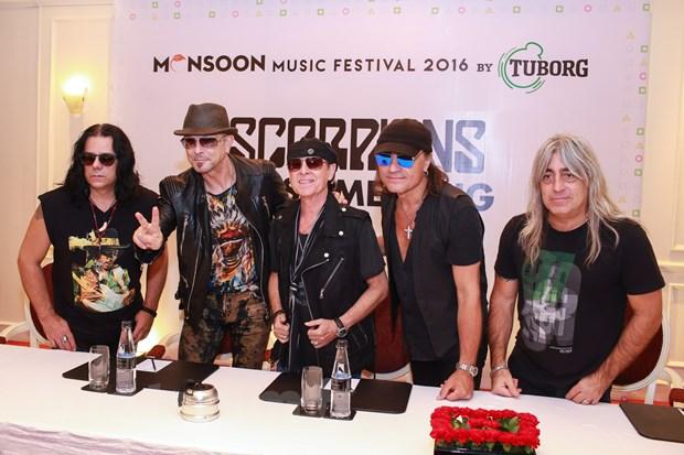 Ban nhac lung danh Scorpions sang Viet Nam: Muon con hon khong hinh anh 5