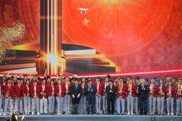 Toan canh le vinh danh tuyen Olympic va doan the thao Viet Nam hinh anh 10