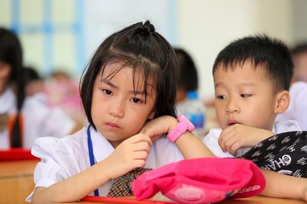 Khai giang o ngoi truong co so luong hoc sinh lop 1 dong ky luc Ha Noi hinh anh 14
