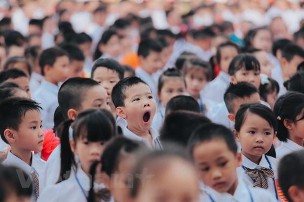 Khai giang o ngoi truong co so luong hoc sinh lop 1 dong ky luc Ha Noi hinh anh 8