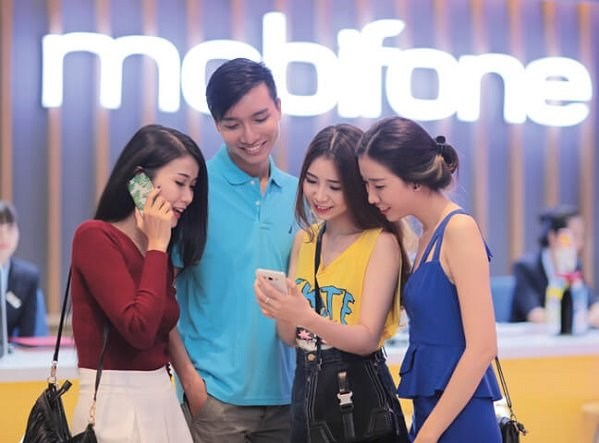 MobiFone: 'Hanh trinh' 25 nam chung tay, no luc vi cong dong hinh anh 1