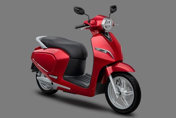 VinFast tang 100 ty dong cho 15.000 khach hang mua xe may dien hinh anh 1