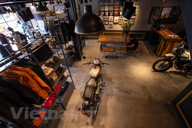 Hang moto Royal Enfield khai truong cua hang chinh thuc tai Ha Noi hinh anh 2