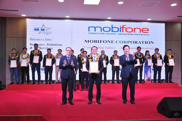 MobiFone nhan cu dup danh hieu doanh nghiep IT hang dau Viet Nam hinh anh 1