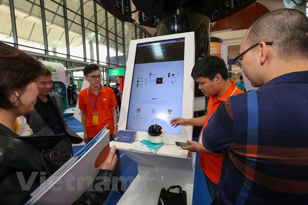 Trinh dien hang loat cong nghe 'dinh' tai FPT Techday 2019 hinh anh 11