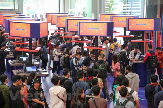 Trinh dien hang loat cong nghe 'dinh' tai FPT Techday 2019 hinh anh 12