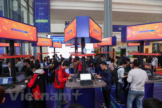 Trinh dien hang loat cong nghe 'dinh' tai FPT Techday 2019 hinh anh 13