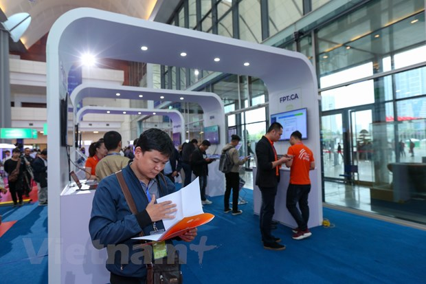 Trinh dien hang loat cong nghe 'dinh' tai FPT Techday 2019 hinh anh 4