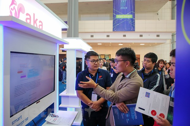 Trinh dien hang loat cong nghe 'dinh' tai FPT Techday 2019 hinh anh 6