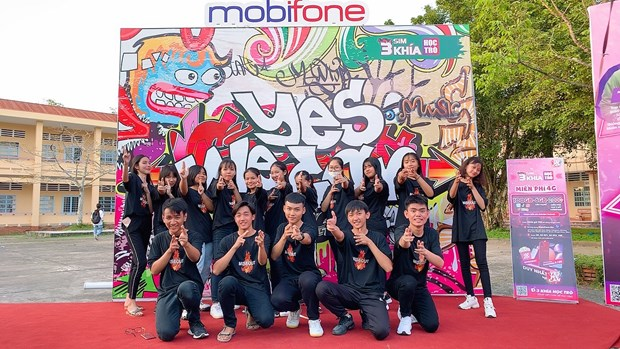 Hoc sinh chay het minh voi cuoc thi Dancefest - Dan Vu Yes We Can hinh anh 2